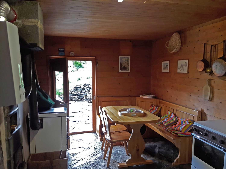 Chalet Alphütte Adlernest - Maiensäss zu mieten über Evolène ...
